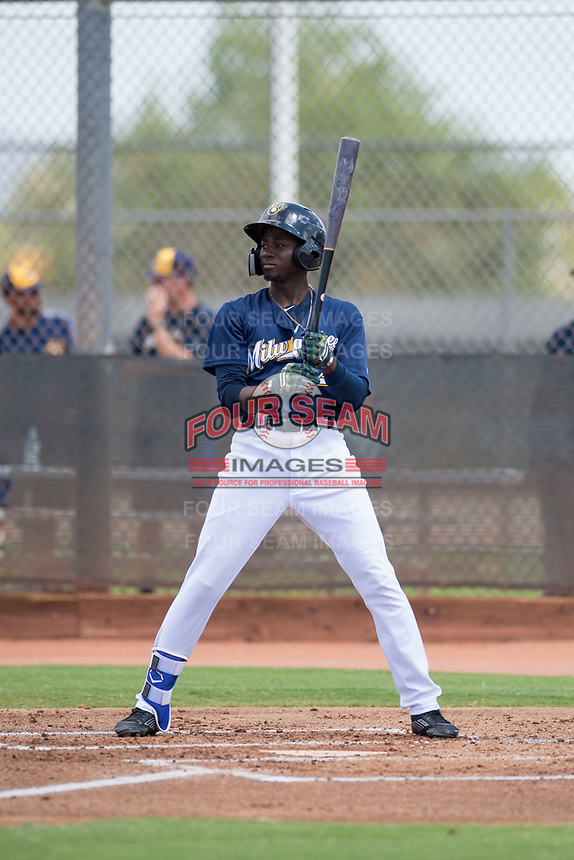 Milwaukee Brewers right fielder Larry Ernesto (24) at bat during an Instructional League game against the Los Angeles Dodgers at Maryvale Baseball Park on September 24, 2018 in Phoenix, Arizona. (Zachary Lucy/Four Seam Images)