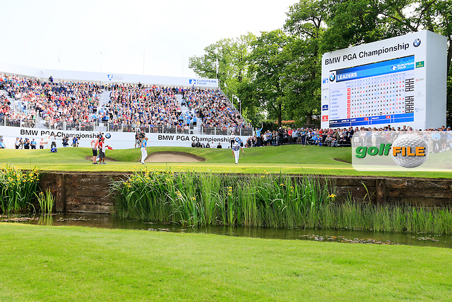 Scott Hend (AUS) on the 18th during round 3 of the 2016 BMW PGA Championship. Wentworth Golf Club, Virginia Water, Surrey, UK. 28/05/2016.<br /> Picture Fran Caffrey / Golffile.ie<br /> <br /> All photo usage must carry mandatory copyright credit (&copy; Golffile | Fran Caffrey)