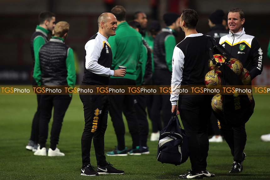 Norwich Manager. Alex Neil, chats on the pitch pre-match during Brentford vs Norwich City, Sky Bet EFL Championship Football at Griffin Park on 31st December 2016