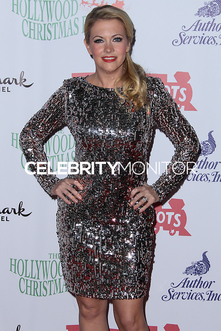 HOLLYWOOD, CA - DECEMBER 01: Melissa Joan Hart arriving at the 82nd Annual Hollywood Christmas Parade held at Hollywood Boulevard on December 1, 2013 in Hollywood, California. (Photo by Xavier Collin/Celebrity Monitor)
