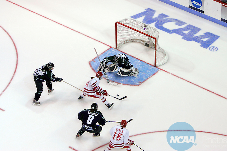 22 MAR 2009: University of Wisconsin forward Angie Kesely (21) almost scores a goal on a breakaway against Mercyhurst goalie Hillary Pattenden during the 2009 NCAA Division I Women's Hockey Championship held at Agganis Arena on the Boston University campus in Boston, MA. Wisconsin defeated Mercyhurst 5-0 to win the national title. Adam Hunger/NCAA Photos