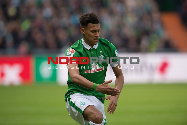 04.04.2015, Weser Stadion, Bremen, GER, 1.FBL. Werder Bremen vs 1. FSV Mainz 05, im Bild<br /> <br /> <br /> Davie Selke (Bremen #27)<br /> Einzelaktion, Halbk&ouml;rper / Halbk&ouml;rper, <br /> Gestik, Mimik,<br /> <br /> <br /> Foto &copy; nordphoto / Kokenge
