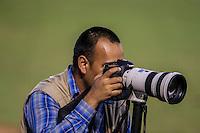 Gamaliel Gonzalez fotoperiodista, durante partido3 de beisbol entre Naranjeros de Hermosillo vs Mayos de Navojoa. Temporada 2016 2017 de la Liga Mexicana del Pacifico.<br /> © Foto: LuisGutierrez/NORTEPHOTO.COM