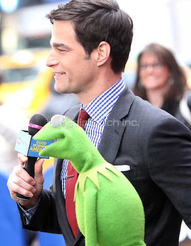 02  01, 2016: Rob Marciano and Kermit The Frog  at Good Morning America  in  New York. Credit:RW/MediaPunch