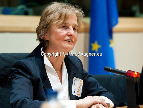 Brussels-Belgium - January 24,  2012 -- 'The Marine Sciences in Europe 2014-2020: A German Perspective' - a conference at the European Parliament hosted by KDM (Konsortium Deutsche Meeresforschung / German Maritime Research Consortium); here, Prof. Dr. Karin LOCHTE, KDM-Chair, opening the panel -- Photo: © HorstWagner.eu