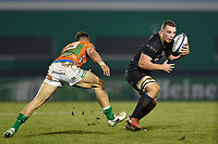 Sam Underhill of Bath Rugby in possession. European Rugby Champions Cup match, between Benetton Rugby and Bath Rugby on January 20, 2018 at the Municipal Stadium of Monigo in Treviso, Italy. Photo by: Patrick Khachfe / Onside Images