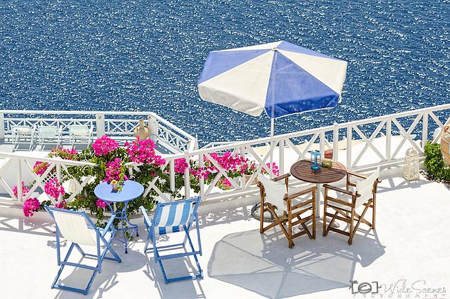Cafe overlooking the caldera in Oia, Santorini, Greece