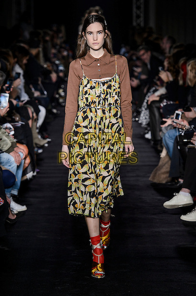 No. 21 Clothing by Alessandro Dell'Acqua<br /> at Milan Fashion Week FW 17 18<br /> in Milan, Italy  February 2017.<br /> CAP/GOL<br /> &copy;GOL/Capital Pictures