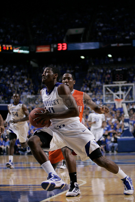 UK guard John Wall drives to the basket against Sam Houston State at Rupp Arena on Thursday night. Photo by Scott Hannigan | Staff