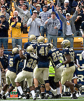 Pittsburgh defense celebrates a defensive touchdown on September 30, 2006.