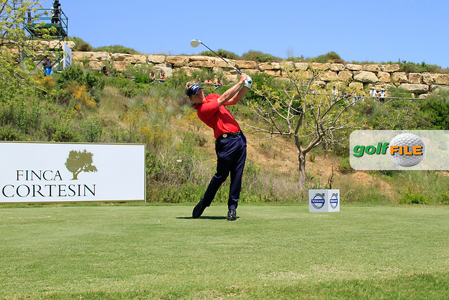 Luke Donald (ENG) tees off on the 3rd tee during the afternoon Final session on the Final Day of the Volvo World Match Play Championship in Finca Cortesin, Casares, Spain, 22nd May 2011. (Photo Eoin Clarke/Golffile 2011)