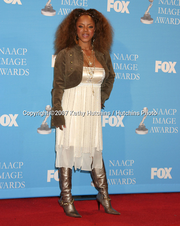 Leela James.NAACP Image Awards.Shrine Auditorium.Los Angeles, CA.March 1, 2007.©2007 Kathy Hutchins / Hutchins Photo...