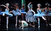 The Nutcracker - Scottish Ballet - at Glasgow's Theatre Royal - Marie (Sophie Martin) in the Snowflake scene - The ballet opens this weekend in Glasgow before going on tour around the UK until February - picture by Donald MacLeod - 07.12.12 - 07702 319 738 - clanmacleod@btinternet.com - www.donald-macleod.com