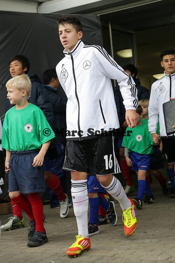 Georgios Spanoudakis (D, FC Barcelona, aus Rüsselsheim)