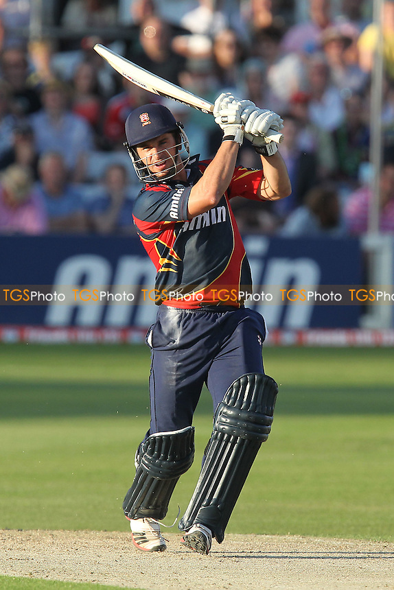 Ryan ten Doeschate hits four runs for Essex - Essex Eagles vs Sussex Sharks - Friends Life T20 Cricket at the Ford County Ground, Chelmsford, Essex - 28/06/12 - MANDATORY CREDIT: Gavin Ellis/TGSPHOTO - Self billing applies where appropriate - 0845 094 6026 - contact@tgsphoto.co.uk - NO UNPAID USE.
