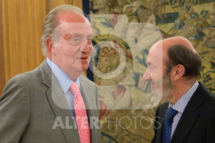 16.07.2012. King Juan Carlos I of Spain attend  a audience with Alfredo Perez Rubalcaba, Secretary General of the PSOE, in the Palacio de la Zarzuela in Madrid. In the image King Juan Carlos and Alfredo Perez Rubalcaba (Alterphotos/Marta Gonzalez)