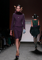 Una modella veste una creazione della collezione Autunno Inverno 2014/2015 Curiel Couture durante la rassegna Altaroma, a Roma, 14 luglio 2014.<br /> A model wears a creation by Curiel Couture's Fall Winter 2014/2015 collection at the Altaroma fashion week in Rome, 14 July 2014.<br /> UPDATE IMAGES PRESS/Isabella Bonotto