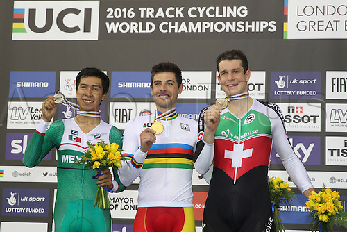 02.032016. Lee Valley Velo Centre, London England. UCI Track Cycling World Championships Men's scratch race Final.  Podium : PRADO Ignacio (MEX) - MORA VEDRI Sebastian (ESP) - IMHOF Claudio (SUI)