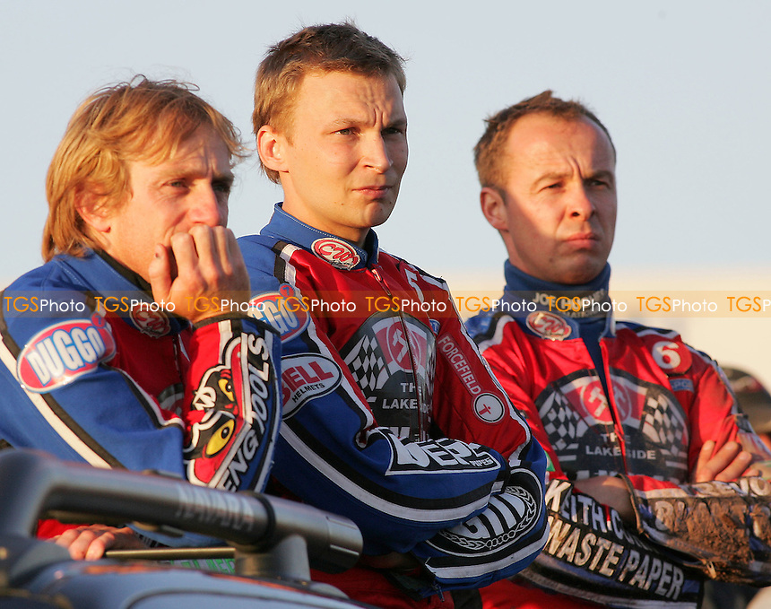 Heat 5 - (L to R) Shields, Kylmakorpi and Hurry look on - Lakeside Hammers vs Reading Bulldogs - Elite League Speedway at Arena Essex - 20/06/07 - MANDATORY CREDIT: Gavin Ellis/TGSPHOTO - SELF-BILLING APPLIES WHERE APPROPRIATE. NO UNPAID USE -  Tel: 0845 0946026