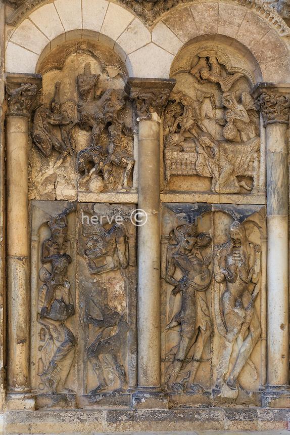 France, Tarn-et-Garonne (82), Moissac, abbaye Saint-Pierre, classé patrimoine mondial de l'UNESCO, détail à gauche de portail sud de l'église // France, Tarn et Garonne, Moissac, Saint Pierre Abbey, listed as World Heritage by UNESCO, south Portal, detail
