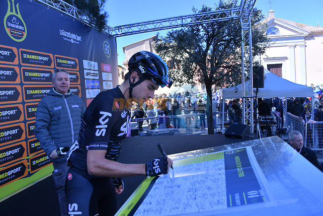 Mikel Landa (ESP) Team Sky at sign on before the start of Stage 4 of the 2017 Tirreno Adriatico running 187km from Montalto di Castro to Terminillo, Italy. 11th March 2017.<br /> Picture: La Presse/Gian Mattia D'Alberto | Cyclefile<br /> <br /> <br /> All photos usage must carry mandatory copyright credit (&copy; Cyclefile | La Presse)