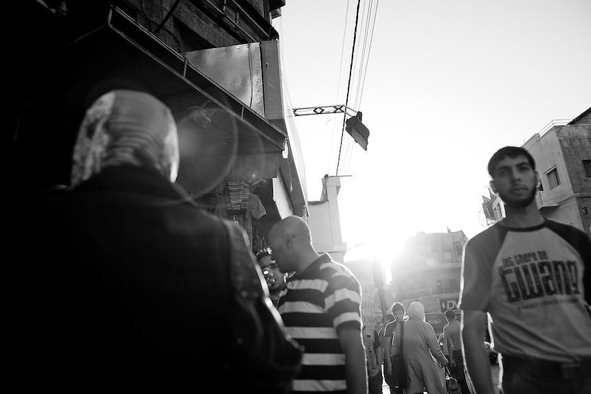 Iraqis and Jordanians walk through the streets of central Amman, Jordan, September 2009. Photo: Ed Giles.