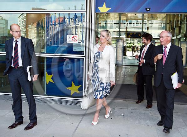 BRUSSELS  -  BELGIUM  - 11 JULY 2011 --  Jutta URPILAINEN (ce) Finance Minister of Finland leaving the European Commission with Martti HETEMAEKI (le), Permanent Under-Secretary Fin. Min., Matti HIRVOLA, Special Advisor to Fin. Min. and Jan STORE the Permanent Representative of Finland (Ambassador) to the European Union --  PHOTO: Juha ROININEN /  EUP-IMAGES.20110711 HSTA