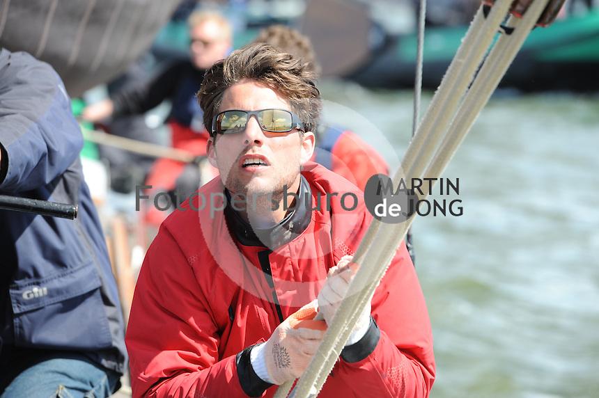 ZEILEN: LEMMER: 15-05-2015, Skûtsjesilen training Gerben van Manen, ©foto Martin de Jong