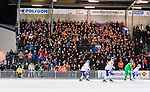 Stockholm 2016-02-12 Bandy Elitserien Hammarby IF - Bolln&auml;s GIF :  Bolln&auml;s supportrar p&aring; en l&auml;ktarsektion p&aring; huvudl&auml;ktaren under bandymatchen i Elitserien mellan Hammarby och Bolln&auml;s den 12 Februari 2016 i Stockholm. <br /> (Foto: Kenta J&ouml;nsson) Nyckelord:  Elitserien Bandy Hammarby Bolln&auml;s publik