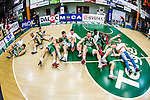 S&ouml;dert&auml;lje 2014-04-22 Basket SM-Semifinal 7 S&ouml;dert&auml;lje Kings - Uppsala Basket :  <br /> S&ouml;dert&auml;lje Kings spelare jublar i en h&ouml;g p&aring; golvet efter matchen<br /> (Foto: Kenta J&ouml;nsson) Nyckelord:  S&ouml;dert&auml;lje Kings SBBK Uppsala Basket SM Semifinal Semi T&auml;ljehallen jubel gl&auml;dje lycka glad happy