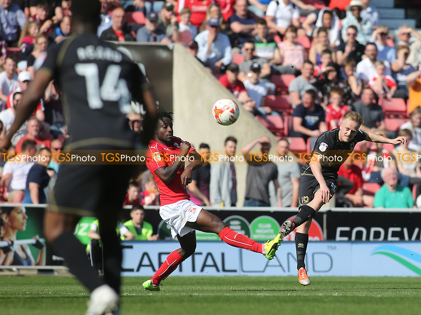 Ben Reeves of MK Dons takes a shot at the Swindon goal during Swindon Town vs MK Dons, Sky Bet EFL League 1 Football at the County Ground on 8th April 2017