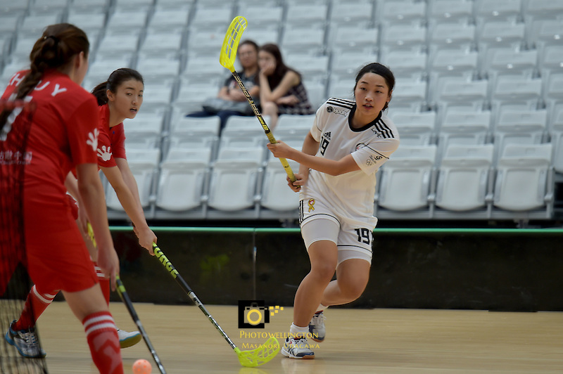 Korea's Younyoung Shin in action during the World Floorball Championships 2017 Qualification for Asia Oceania Region - Korea v China at ASB Sports Centre , Wellington, New Zealand on Saturday 4 February 2017.<br /> Photo by Masanori Udagawa<br /> www.photowellington.photoshelter.com.