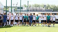 Mannschaft kommt zum Fototermin - 05.06.2018: Training der Deutschen Nationalmannschaft zur WM-Vorbereitung in der Sportzone Rungg in Eppan/Südtirol