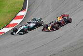 1st October 2017, Sepang, Malaysia;  FIA Formula One World Championship, Grand Prix of Malaysia; Daniel Ricciardo (AUS 3), Red Bull Racing, Valtteri Bottas (FIN 77), Mercedes AMG Petronas