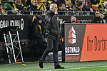 01.12.2018, Signal Iduna Park, Dortmund, GER, DFL, BL, Borussia Dortmund vs SC Freiburg, DFL regulations prohibit any use of photographs as image sequences and/or quasi-video<br /> <br /> im Bild Christian Streich (SC Freiburg) ruft seiner Mannschaft Anweisungen zu<br /> <br /> Foto © nordphoto/Mauelshagen