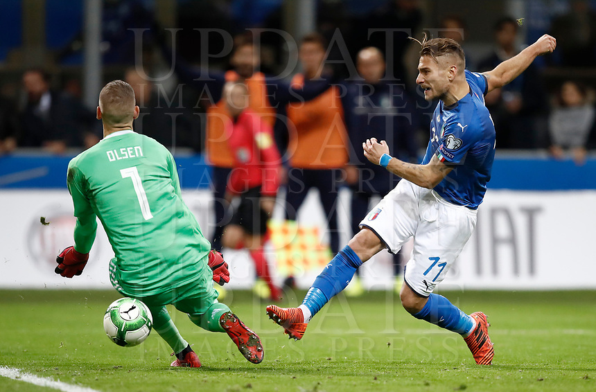 Soccer Football - 2018 World Cup Qualifications - Europe - Italy vs Sweden - San Siro, Milan, Italy - November 13, 2017 <br /> Italy's Ciro Immobile (r) in action with Sweden's goalkeeper Robin Olsen (l) during the FIFA World Cup 2018 qualification football match between Italy and Sweden at the San Siro Stadium in Milan on November 13, 2017.<br /> UPDATE IMAGES PRESS/Isabella Bonotto