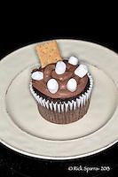 Tracy Di-Cupcakes