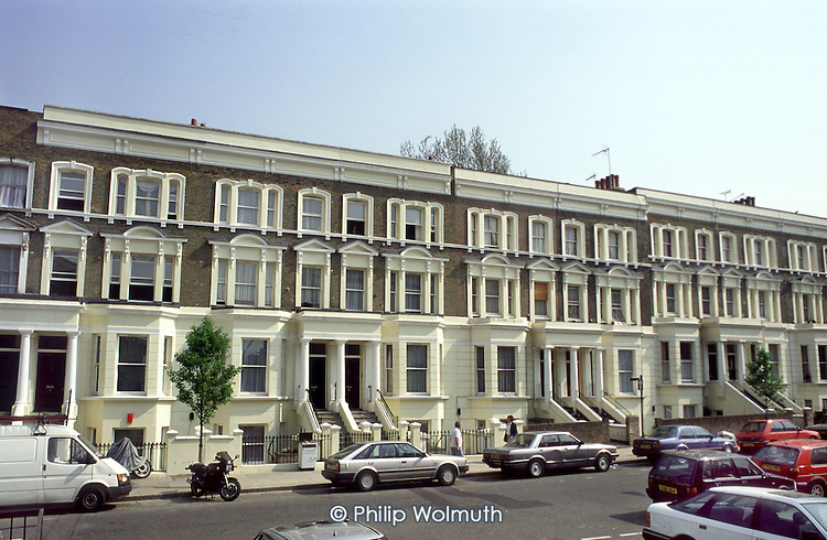 Walterton Road in 1995, after the demolition of Chantry Point and refurbishment of Victorian terraces by resident-controlled Walterton and Elgin Community Homes, which took over the estate from Westminster City Council.