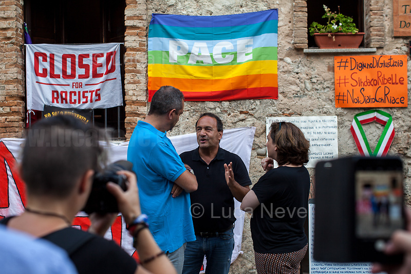 (From L to R) De Magistris (Naples), Lucano (Riace), Colau (Barcelona).<br />