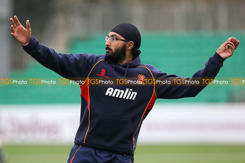 Monty Panesar of Essex throws the ball during the warm up - Essex CCC vs Kent CCC - Pre-Season Friendly Cricket Match at the Essex County Ground, Chelmsford - 04/04/14 - MANDATORY CREDIT: Gavin Ellis/TGSPHOTO - Self billing applies where appropriate - 0845 094 6026 - contact@tgsphoto.co.uk - NO UNPAID USE