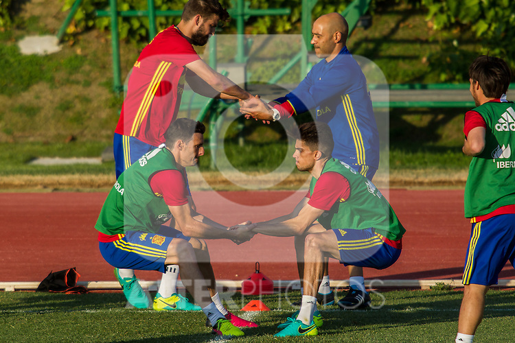Spain's Aritx Aduriz and Marc Bartra during the first training of the concentration of national soccer team before the Uefa Euro 2016.  Jun 4,2016. (ALTERPHOTOS/Rodrigo Jimenez)