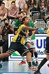 Rhein Neckar Loewe Mads Mensah Larsen (Nr.22)  gegen G&ouml;ppingens Jens Sch&ouml;ngarth (Nr.33) beim Spiel in der Handball Bundesliga, Rhein Neckar Loewen - FRISCH AUF! Goeppingen.<br /> <br /> Foto &copy; PIX-Sportfotos *** Foto ist honorarpflichtig! *** Auf Anfrage in hoeherer Qualitaet/Aufloesung. Belegexemplar erbeten. Veroeffentlichung ausschliesslich fuer journalistisch-publizistische Zwecke. For editorial use only.