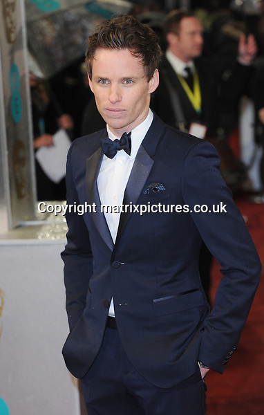 NON EXCLUSIVE PICTURE: PAUL TREADWAY / MATRIXPICTURES.CO.UK.PLEASE CREDIT ALL USES..WORLD RIGHTS..English actor Eddie Redmayne attending the 2013 EE British Academy Film Awards, at London's Royal Opera House...FEBRUARY 10th 2013..REF: PTY 13945