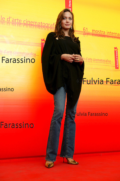 61a  Mostra Internazionale d'Arte Cinematografica di Venezia, 61st Venice International Film Festival, 2004 , Angelina Jolie