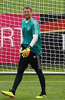 Torwart Manuel Neuer (Deutschland Germany) freut sich - 24.05.2018: Training der Deutschen Nationalmannschaft zur WM-Vorbereitung in der Sportzone Rungg in Eppan/Südtirol