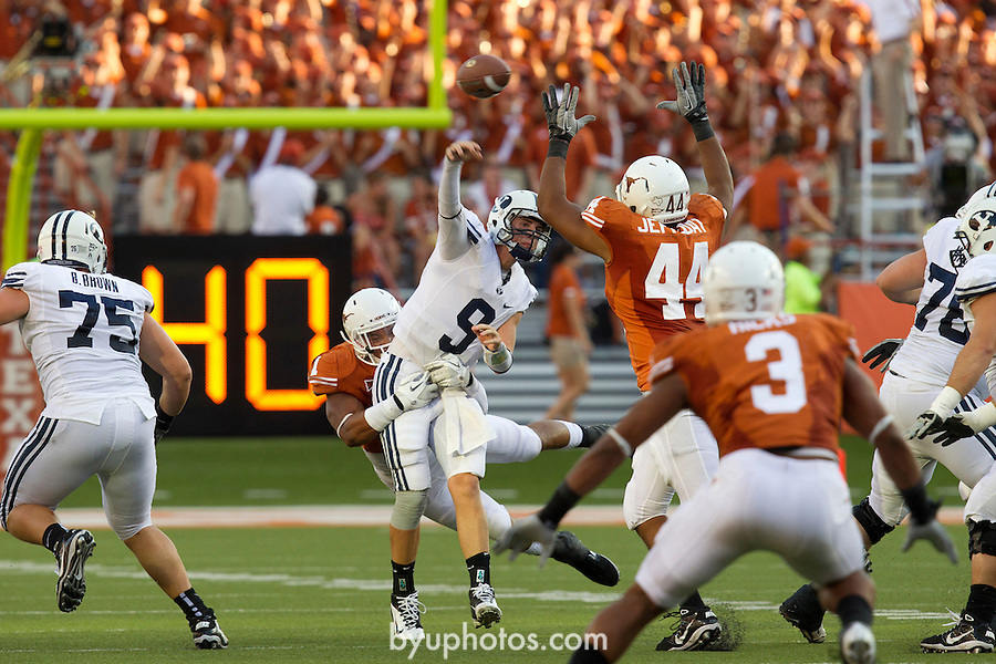 11FTB at Texas 04.JPG..11FTB at Texas..BYU - 16.Texas - 17..September 10, 2011..Photography by Mark A. Philbrick..Copyright BYU Photo 2011.All Rights Reserved.photo@byu.edu   (801)422-7322.