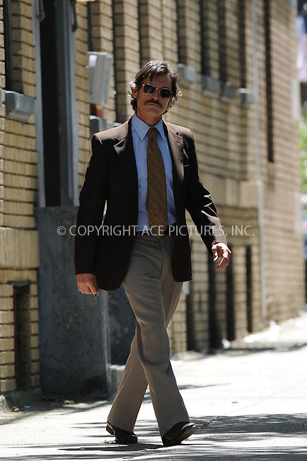 """WWW.ACEPIXS.COM . . . . . .May 31, 2012...New York City....Billy Crudup on the """"Blood Ties"""" film set in Astoria Queens May 31, 2012 in New York City. ....Please byline: KRISTIN CALLAHAN - WWW.ACEPIXS.COM.. . . . . . ..Ace Pictures, Inc: ..tel: (212) 243 8787 or (646) 769 0430..e-mail: info@acepixs.com..web: http://www.acepixs.com ."""