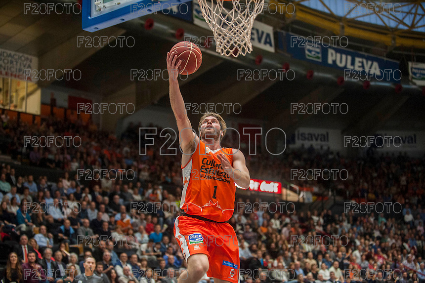 VALENCIA, SPAIN - MARCH 8: Stefansson during ENDESA LEAGUE match between Valencia Basket Club and Barcelona at Fonteta Stadium on March, 2016 in Valencia, Spain