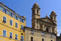 Kirche-Saint-Jean Baptiste am Jachthafen in Bastia, Korsika, Frankreich