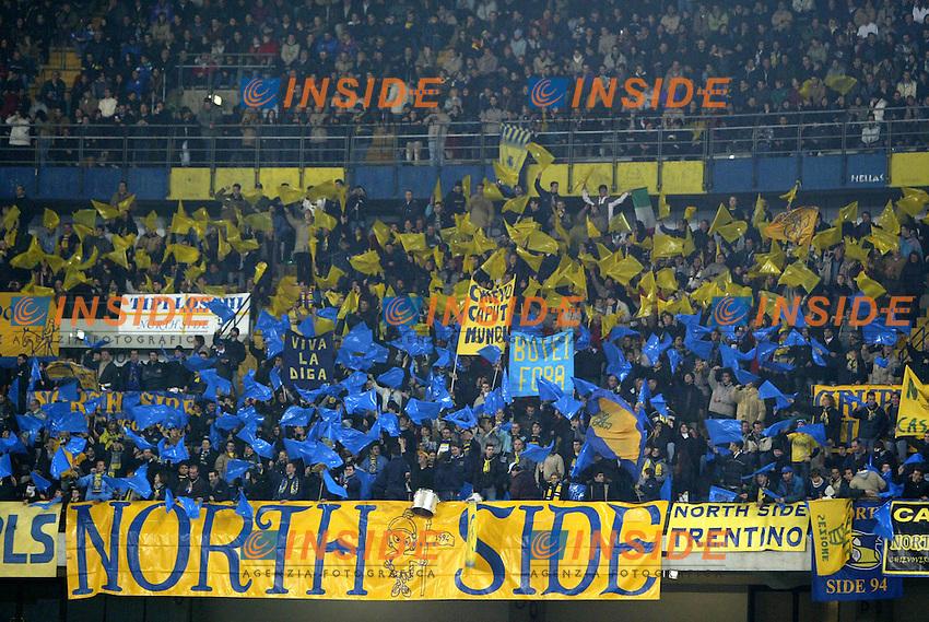 Verona 23 Novembre 2003 <br /> Chievo Milan 0-2 <br /> La curva del Chievo<br /> Foto Andrea Staccioli Insidefoto